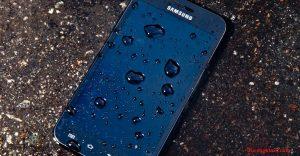 mi celular se ha mojado que hago